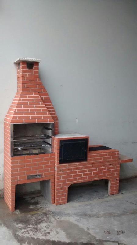Churrasqueira forno e fogão pintados